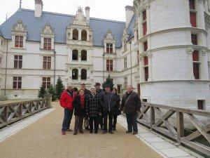 Après la visite du château très appréciée mais il nous manquait quelques douceurs, direction le salon de thé